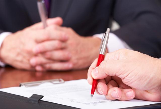 """Servizi di investimento e contratto quadro: la """"monofirma"""" non inficia la validità del negozio"""